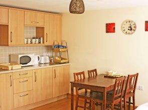 kitchen diner at the Gremlin Lodge